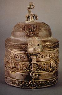 Reliquaire de Saint Mathieu, argent repoussé et incisé, Basilique Saint-Côme-et-Damien, Rome.
