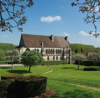 Dernier vestige important de l'abbaye Saint-Martin de Troarn, dont Alexandrine de Forbin devait devenir chanoinesse. (© Stéphane William Gondoin)
