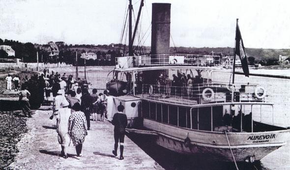 Entre les deux guerre ce bateau assure la liaison entre Carteret et Jersey