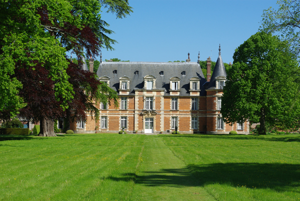 Le château de Miromesnil. Guy de Maupassant y naquit le 5 août 1850 (© Stéphane William Gondoin).