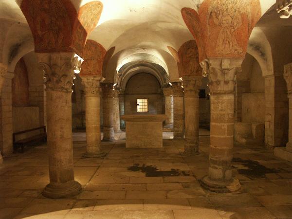 Crypte de la cathédrale de Bayeux ( SWG).