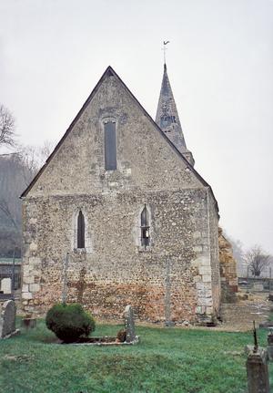 L'église Saint-Paul avant démolition prise du chevet. (Photo Alexandre Vernon© Patrimoine Normand.)