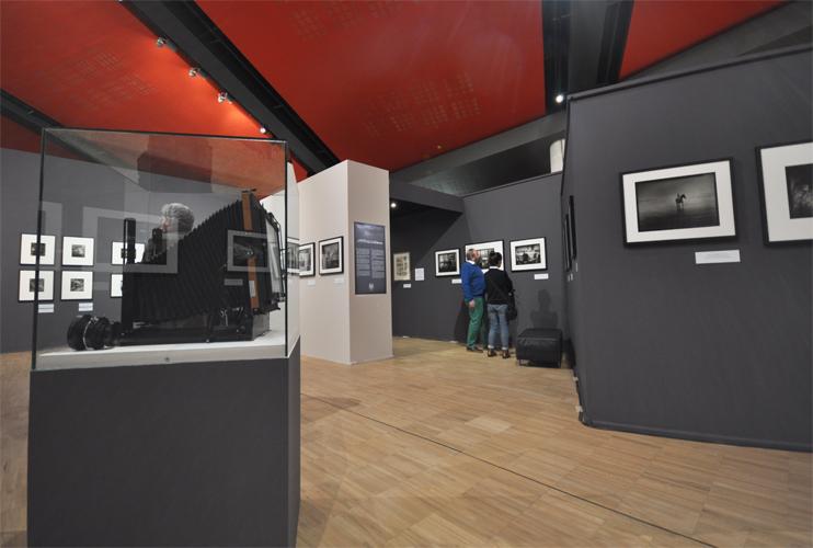 L'exposition « L'île dans les isles - Voyages dans l'archipel Anglo-Normand »  au musée de Normandie (Photo Rodolphe Corbin © Patrimoine Normand).