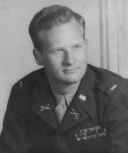 Le lieutenant George G. Klein, officier d'artillerie, en 1945 (DR - DDAY OVERLORD).