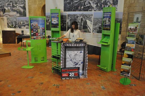 Le magazine Patrimoine Normand présent à l'événement (© Rodolphe Corbin).