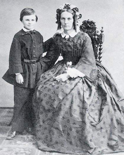 Guy de Maupassant enfant, avec sa mère. (© Wikimedia commons - DR)