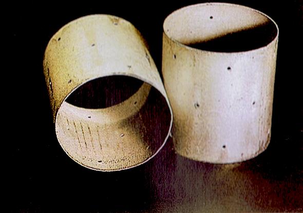 Moules à camembert - Almacillium - 1960 (musée des techniques fromagères).