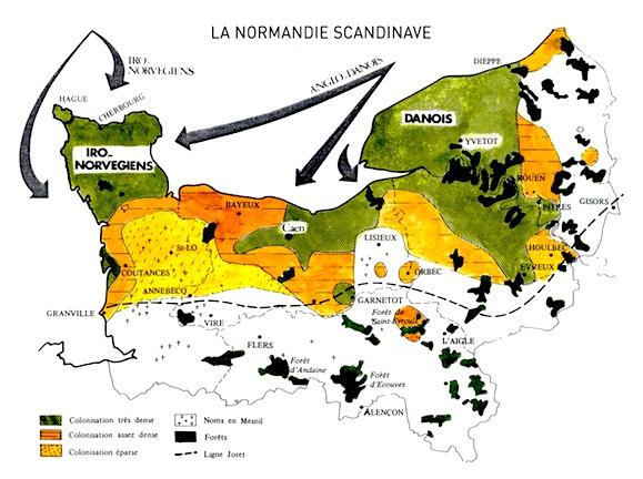 Cette carte montre l'implantation scandinave en Normandie après l'étude des noms de lieux. La ligne Joret portée sur cette carte montre que l'essentiel des établissements nordiques se trouve dans le secteur « normanisant ». On remarque deux pôles de l'implantation scandinave : la Basse-Seine (Pays de Caux et Roumois) et le Cotentin. On trouve un autre secteur de forte implantation sur toute la côte du Calvados et plus particulièrement sur la partie nord du Pays d'Auge, dans la vallée de la Dives, dans l'Ouest de la Plaine de Caen et dans le Sud-Est du Bessin. L'actuel département de l'Orne qui était très peu peuplé à l'époque, comme le montre la faible densité de toponymes gallo-romains, présente aussi des noms scandinaves, dont celui d'une région, Le Houlme, présents surtout dans la microtoponymie, comme les travaux de Guy Chartier, publiés dans les numéros 1 et 3 de Patrimoine Normand, ont pu l'établir (© Heimdal).