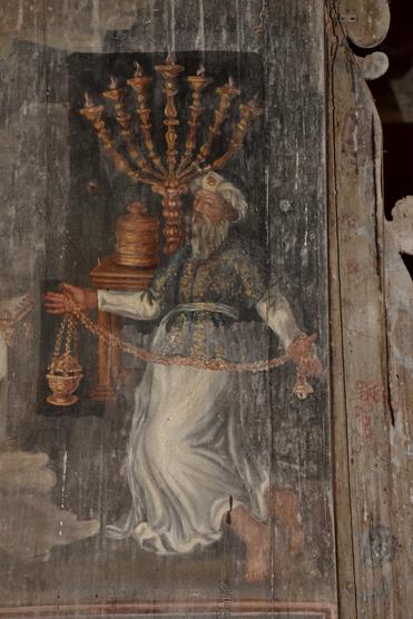 Détail de Zaccharie au Temple, l'une des peintures sur bois de l'église de Saint-Ouen-de-Mancelles. (© Chantal et Jean-Noël de Crombrugghe).
