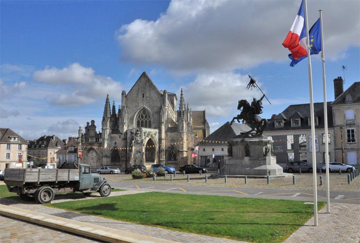 Place Guillaume-le-Conquérant à Falaise