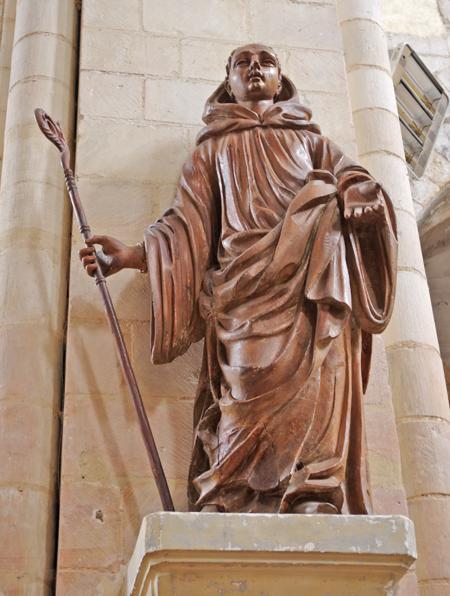 Statue en bois du XVIIe siècle représentant saint Philbert. (© Stéphane William Gondoin)